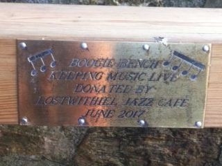 Boogie bench plaque